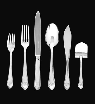 A FRENCH SILVER FLATWARE SERVI