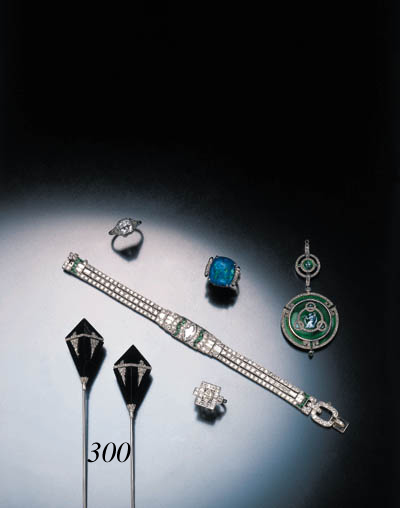 PAIR OF ART DECO DIAMOND AND B