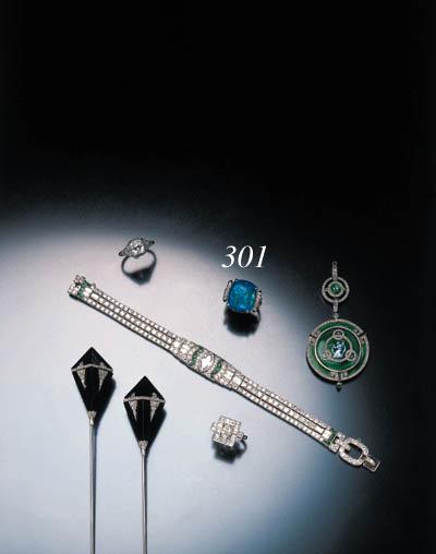 ART DECO OPAL AND DIAMOND RING