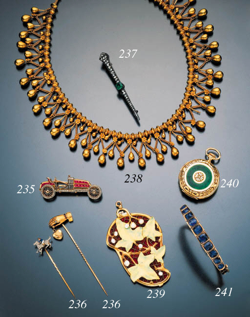 ARCHAEOLOGICAL REVIVAL NECKLAC