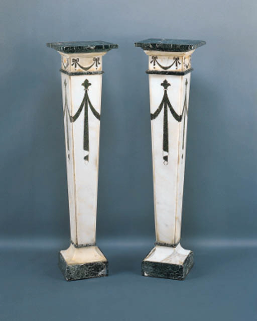 A PAIR OF ITALIAN NEOCLASSIC W