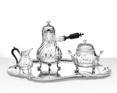 A FRENCH SILVER THREE-PIECE CO