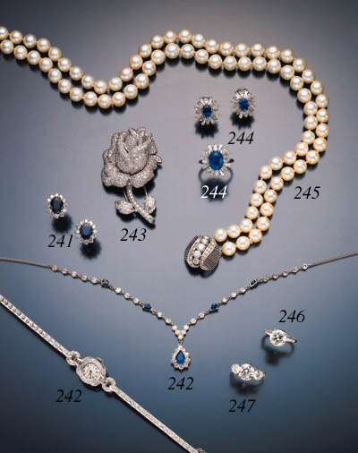 SUITE OF SAPPHIRE AND DIAMOND