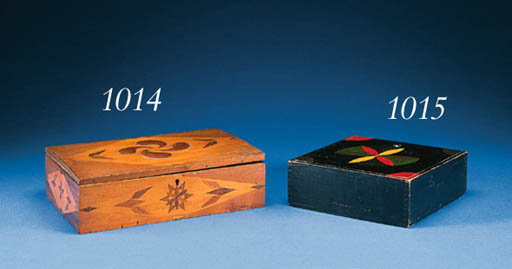 AN INLAID DECORATED BOX