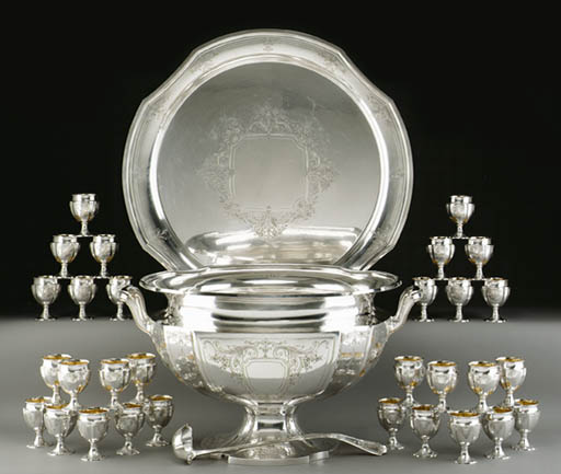 A MONUMENTAL SILVER PUNCH BOWL