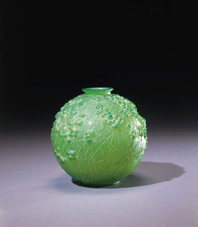 'DRUIDE', A CASED GREEN GLASS