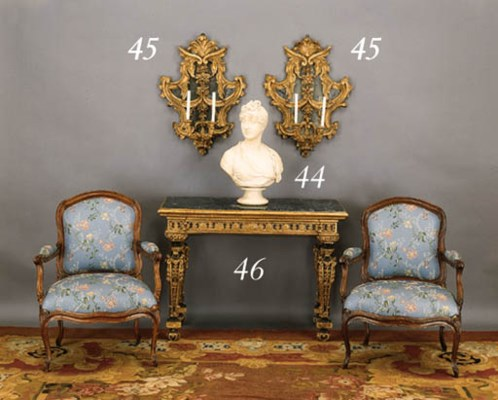 A PAIR OF ITALIAN BAROQUE GILT