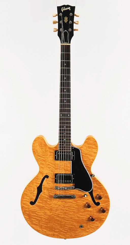 A Gibson ES-335 DOT
