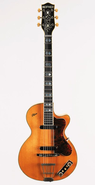 A late 1950s Hofner Club 60