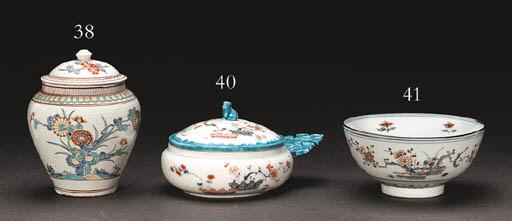 A Porcelain Porringer and Cove
