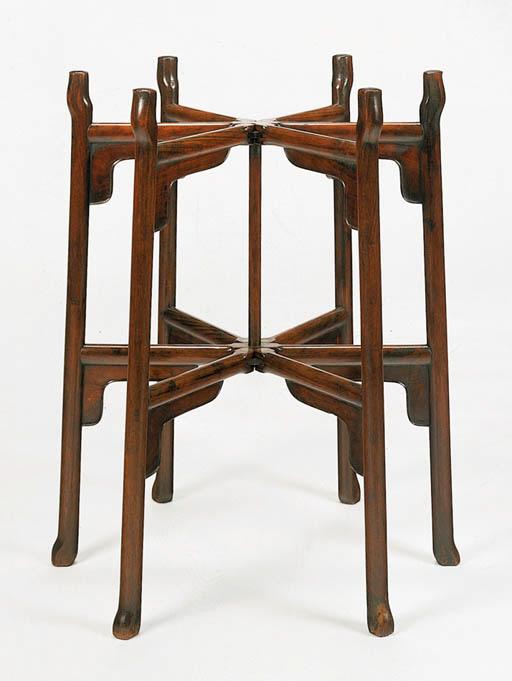 A Low Huanghuali Six-Legged Wa