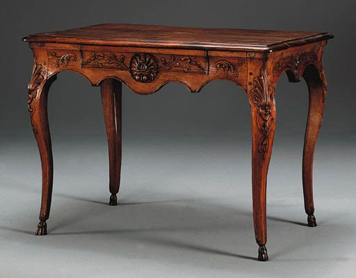 A LOUIS XV WALNUT CENTER TABLE