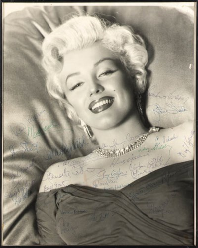 A PHOTOGRAPH OF MARILYN MONROE