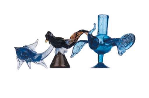 A GROUP OF MEXICAN GLASS