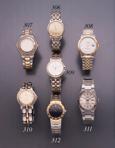 Bulgari. An 18K gold wristwatc
