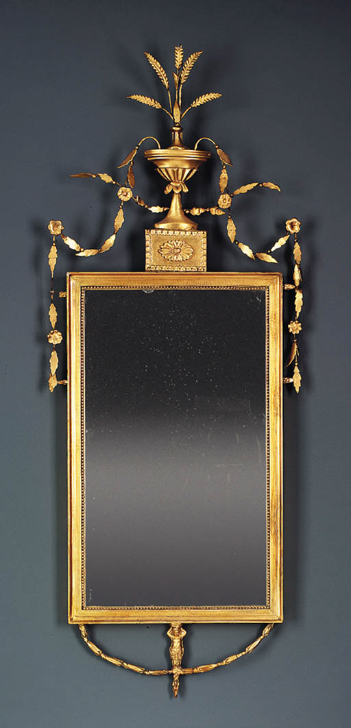 A FEDERAL GILTWOOD LOOKING-GLA