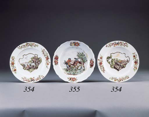 A PAIR OF MEISSEN HAUSMALEREI