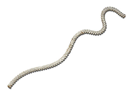 A DIAMOND NECKLACE, VAN CLEEF