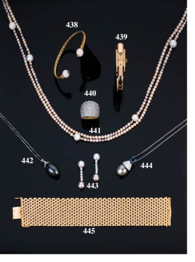 Lunga collana in perle e perle