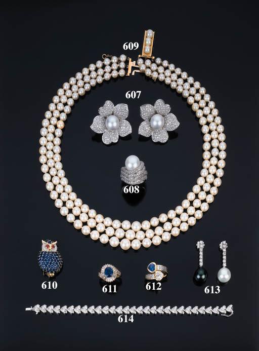 Insolito anello con perla aust
