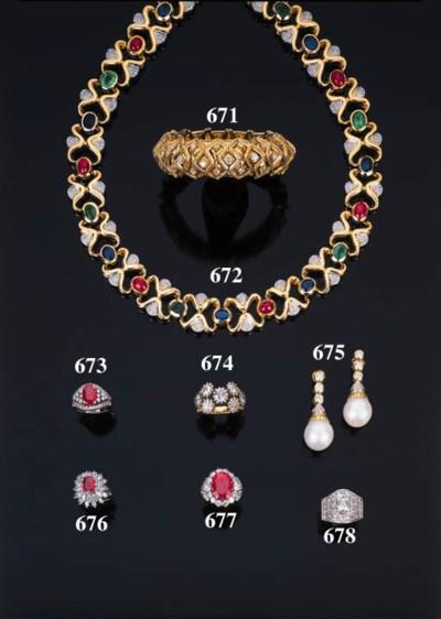 Collana in oro con rubini, zaf