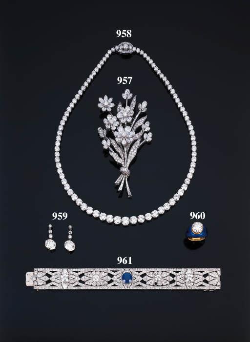 Magnifica spilla in diamanti,