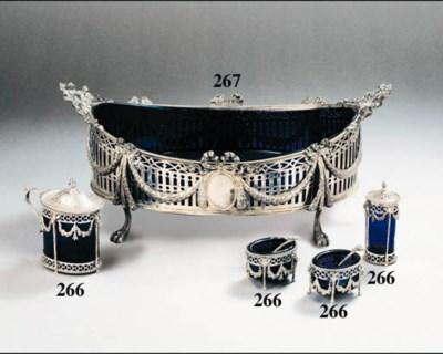 A Dutch silver jardiniere with