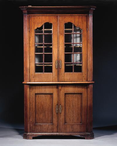 A Dutch mahogany corner displa