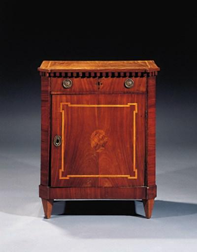 A Dutch mahogany collector's c