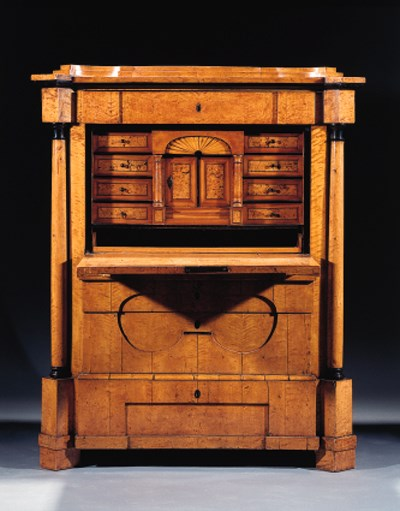 A German Biedermeier birch and