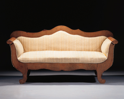 A Biedermeier mahogany canape
