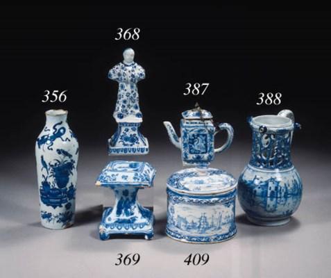 A small Dutch Delft blue and w