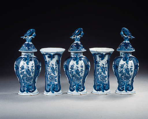 A Dutch Delft blue and white ornithological garniture
