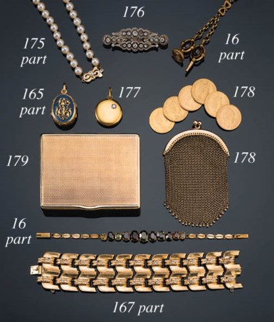 A GOLD MESH PURSE CONTAINING S
