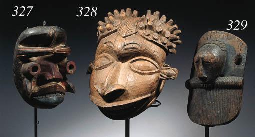 a cameroon mask headdress