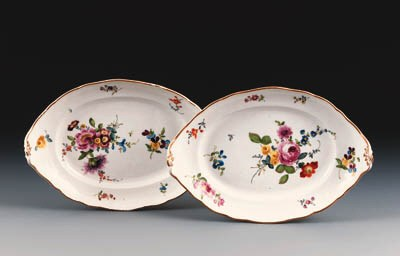 A pair of Meissen shaped oval