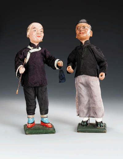 A PAIR OF CHINA TRADE FIGURES