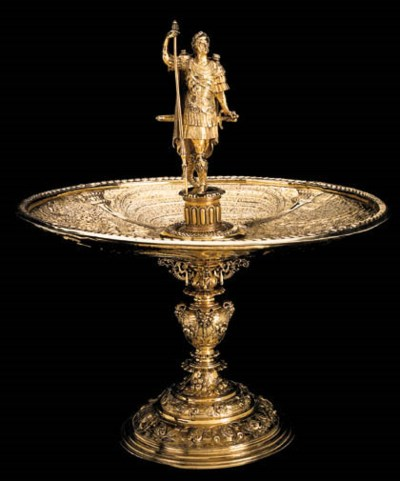 A SILVER-GILT TAZZA WITH AN IT