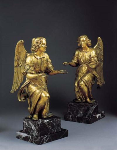 A PAIR OF GILT-BRONZE ANGELS