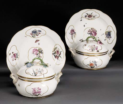 A PAIR OF MEISSEN CIRCULAR TWO