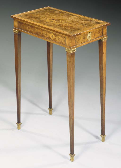 AN FRENCH ORMOLU-MOUNTED TULIPWOOD, PARQUETRY AND MARQUETRY TABLE A ECRIRE