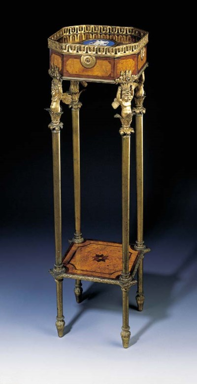 AN ORMOLU-MOUNTED AMARANTH AND