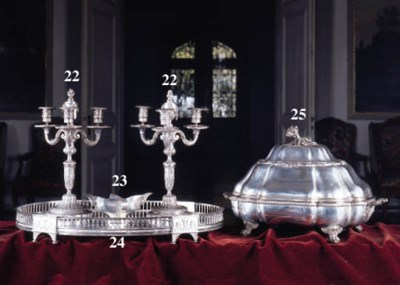 A French silver plated lobed r