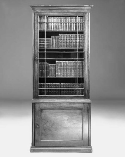 A mahogany bookcase, early 19t
