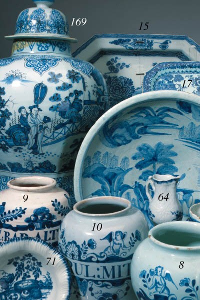 A Delft blue and white octagon
