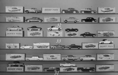 Dinky French Factory 555 Ford