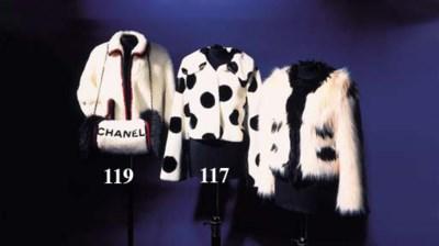A jacket, of white alpaca/cott