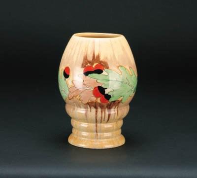 'Acorn' a  'Bizarre' 362 vase