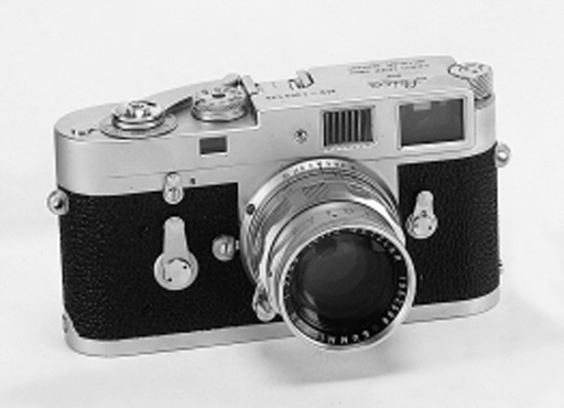 Leica M2 no. 1069535