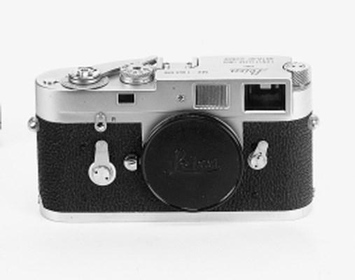 Leica M2 no. 1069686